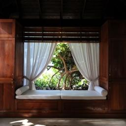 Cotton Tree: Caymanian Culture, Sophistication + Service