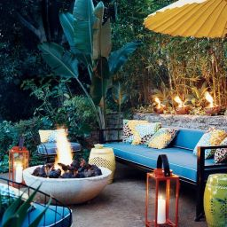 Backyard Bliss: Creating Outdoor Spaces